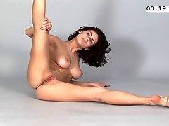 Gymnast Violeta Laczkowa 2