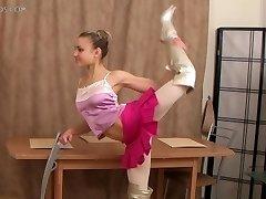 supple girl Valentina Vladimirova (12-HD.wmv)