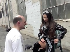 STREET Culo HUMILIATION Starring Empress Jennifer