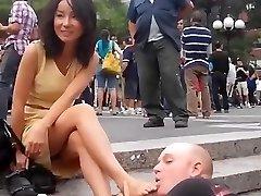 public foot worship