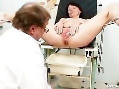 Skinny milf freaky pussy fingering by gynecology doctor