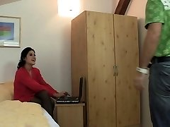 Punishes his brown-haired nubile gf for cheating