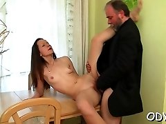 Sexy stunner gets licked and screams whilst boning hard