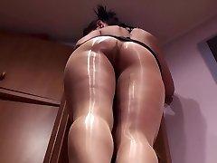 alss glistening pantyhose 1