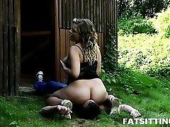 Sweet round Lenka gets wild during rough facesitting sex