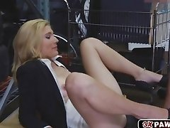 Cougar Holly takes a rough fucking