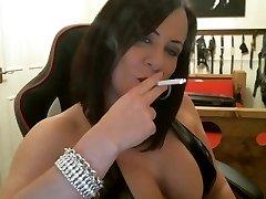 Marvelous Mistress smoking intructions