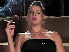 Smoking black-haired - glass toy