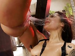 This squirting anal threeway will make you rock hard