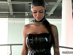 Angelina Valentine in Dominance of Veronica Avluv