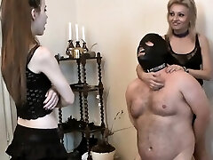 Horny housewife extreme gargle