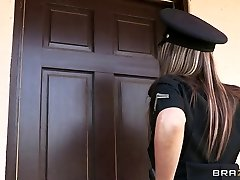 Brazzers - Big-bap cop Courtney Cummz is boned & punished
