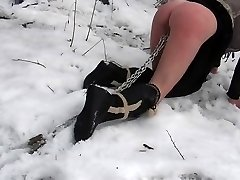 Outdoor bdsm penalty in the snow