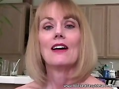 Amateur GILF Wants Tough Sex