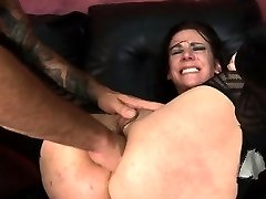 Submissive Chick Gets Anal From Rough Boy
