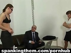 Lazy assistant babe gets spanked by her manager