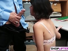 Shoplifter Penelope Reed Gets Disciplined By The Officer