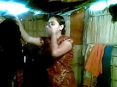 Sexy Desi Bhabhi Goes Bare First Shy to Demonstrate