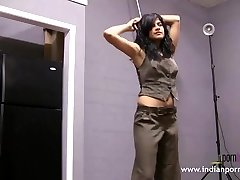 Real Indian College Lady First Time Porn Photoshoot