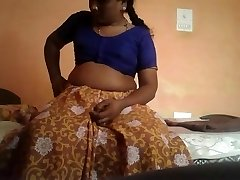 Desi Aunty splay her pussy to ravaged to haradcore