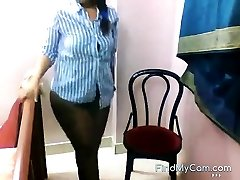 Hefty bottomed Indian strips and taunts on webcam
