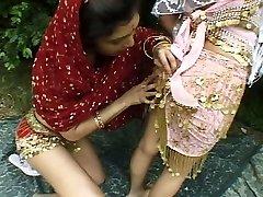 Индийские лесбиянки