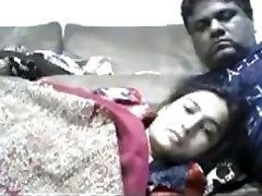 Jaw-dropping Bhabhi Smnoking n enjoring with hubby web cam