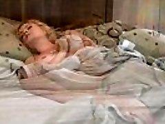 A Lactating Sandra Syn Faps In A Santa Hat