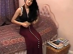 British Indian Lady Shabana Kausar Retro Porn