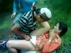 Desi Timid Aunty Fucked By Himachali Guy