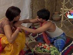 Bhabhi Mera Lamba LambaTera Gol Dehati Bhabhi Mast Romance