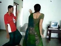 Сексуальная Южной Индии горячая попка танец