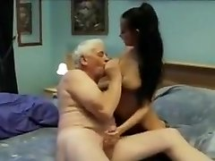Indian girl pounded nicely by an Senior guy