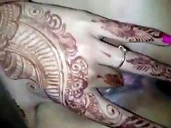 India Abielus Tüdruk Fingering esimese öö