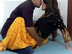 пупок-индийское хинди sister_spankbang.com