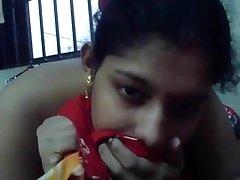 bengali mature boudi sucking bf