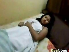 Полненькая Индийская Девушка