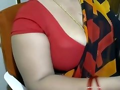 priya aunty1
