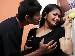 Teenage Gal Enjoying With Psycho Priyudu - Romantic Short Films