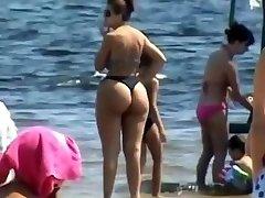 Spying Mom - Plumper Bum - Beach voyeur - Candid Big Ass - Chubby Grandma