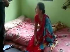 Saucy Telugu Indian Babe Swathi Naidu Bare