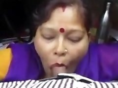 Indian Maid inhale job at office