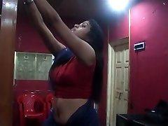 Sexy Desi Changing Saree