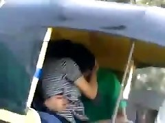 desi kissing in auto rickshaw