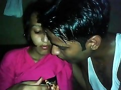 Desi Colg Teenie Chocolaty Kiss n Knocker show
