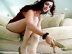 Paki Chick Mehnaz showing her Hot Feet in Milky Pantyhose for Paki Footboys