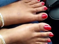 indian crimson toenails