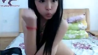 Asian Steaming Girl Dance Gangnam Sylle