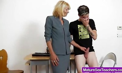Cumshots, Czech Cougars, Playing, Blowjobs