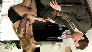 Office whore Holly Heart takes off bra and microskirt and seduces one horny man